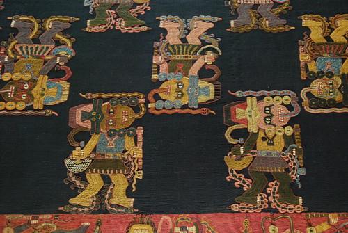 Paracas fabrics at Museo Nación por Boring Lovechild.