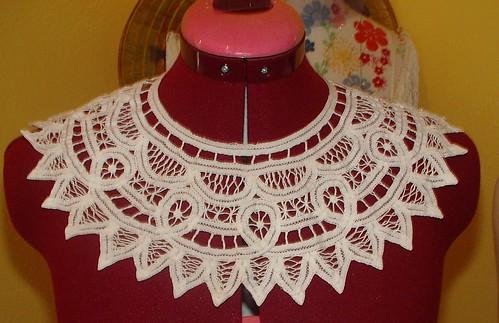 thrifted collar