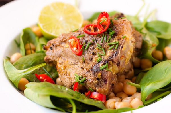 Lamb with coriander and chilli