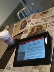 Tomar ou café ou ler um jornal é uma das maneiras de relaxar nos intervalos