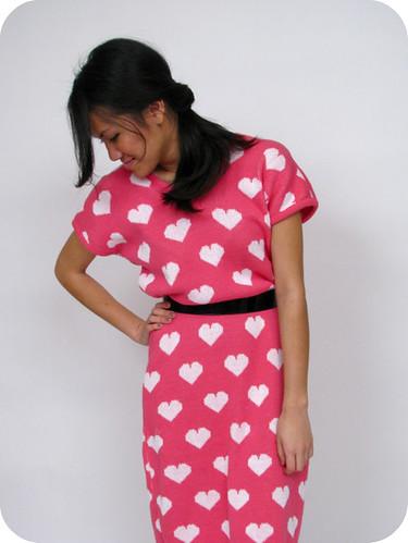1980's VINTAGE HEART SWEATER DRESS