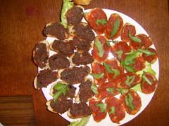 Dvejopa pomidorų užtpėlė