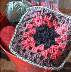 crochet_potholder1