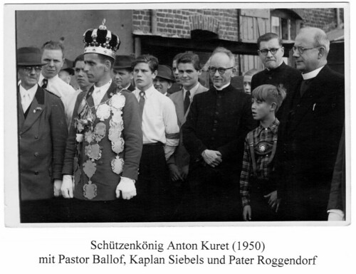 1950 König Anton Kuret, Pastor Felix Ballof,  Kaplan Karl Siebels, Pater Roggendorf SW061