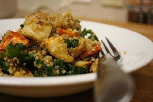 Bulgur with roasted veg and kale