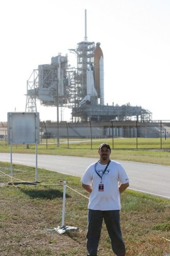 Here I'm standing in front of Shuttle Atlantis - RSS Complete.