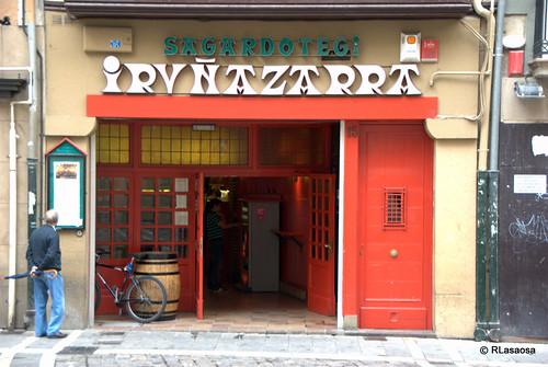 Sidrería Iruñazarra, en la calle Mercaderes