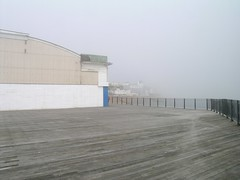 fog_hastings pier_20040428_01