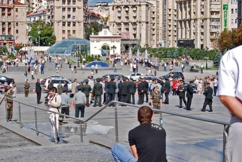 Desfile militar en la Plaza de la Independencia
