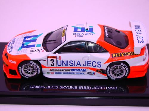 EBBRO UNISIA JECS SKYLINE R33 JGTC 1998 (1)