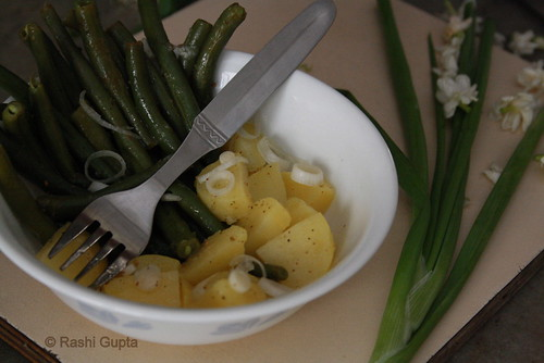 Potatoes and green beans salad