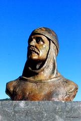 Busto en recuerdo del rey Sancho Garcés I, rey de Pamplona y Deyo (905-925)