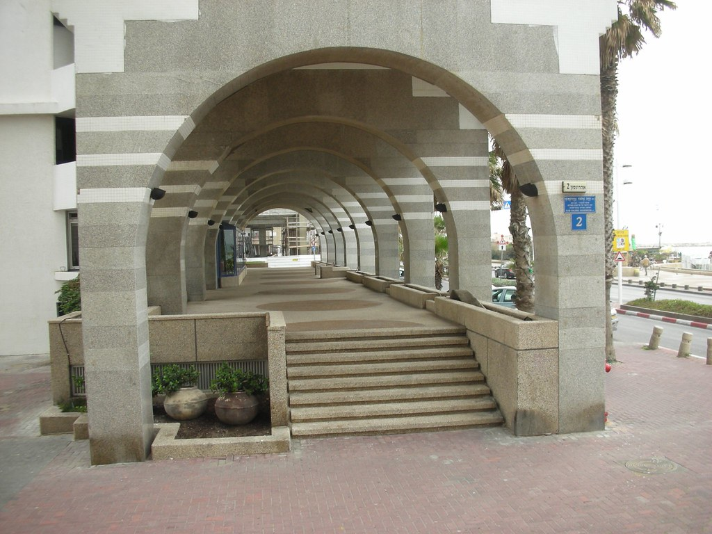 Urban Design Gone Mad @ Tel-Aviv's Promenade