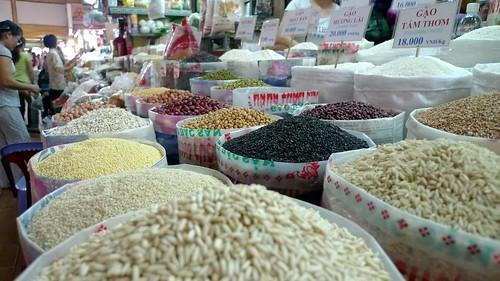 grains in hi chi minh city market