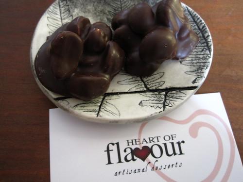 dark chocolate macadamia blobs