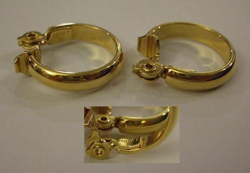 Vintage Earrings Gold Monet