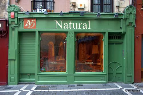 Fachada de la tienda Natural, en la calle de San Nicolás.