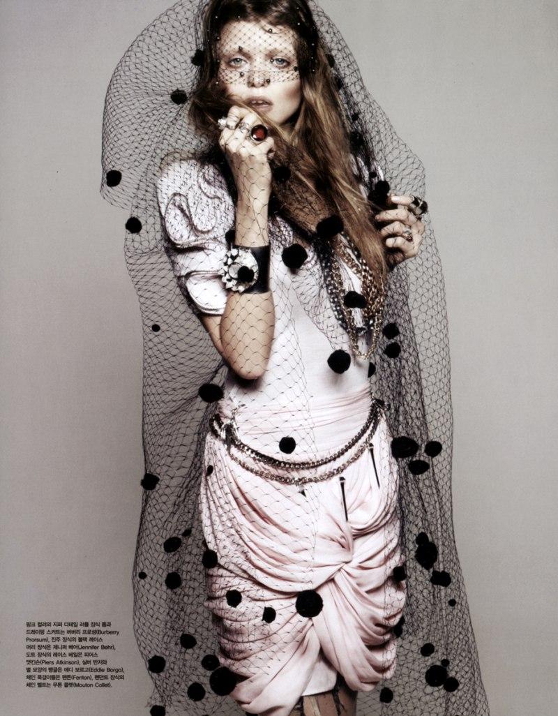 Vogue Korea April 2010 6