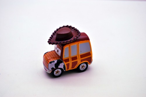 Disney Resort CARS Carrier exclusive (6)