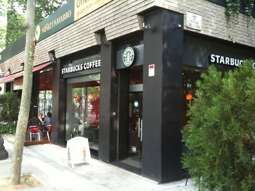 Entrada de Starbucks Diagonal