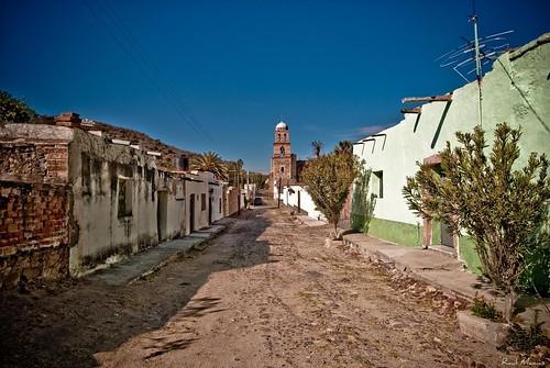 Calle Temacapulin y Basilica al fondo