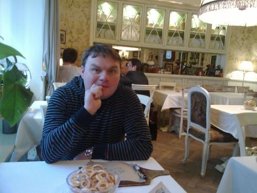 Сижу в Мари Vanna, очень приятное место. Фото Миши Васина из Kaspersky Labs