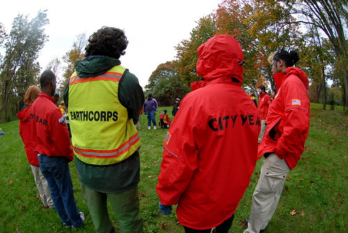 Earth Corps and City Year corps members