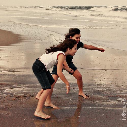 Eva and Kayla, Dodging Waves