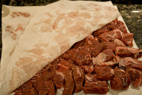 Dry the beef well between layers of paper towels.