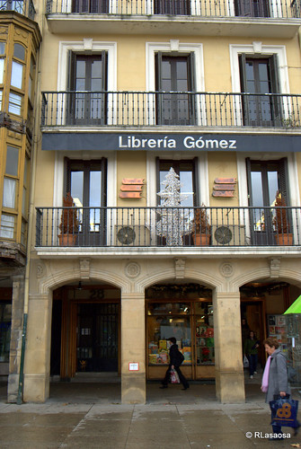 Librería Gómez, una librería histórica en la Plaza del Castillo.