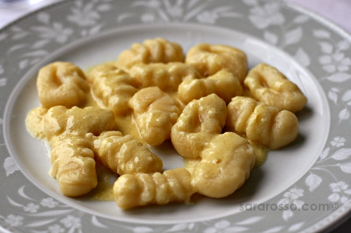 Gnocchi in fonduta, melted cheese, Easter lunch in Piemonte