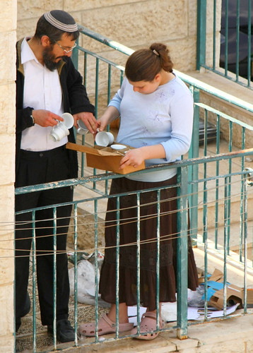 Kashering Dishes for Passover