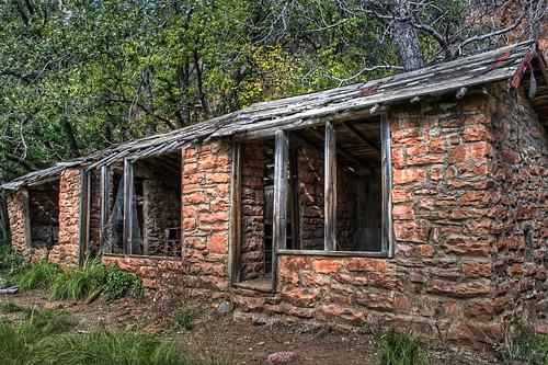 Mayhew's Lodge 001