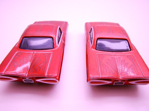 Disney CARS ransburg and regular hydraulic ramone comparison (9)