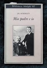 J. R. Ackerley, Mio padre e io, Adelphi 1981 [alla cop.: J. R. Ackerley (a dx.) e suo padre], cop. (part.)