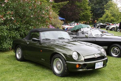 MG R V8
