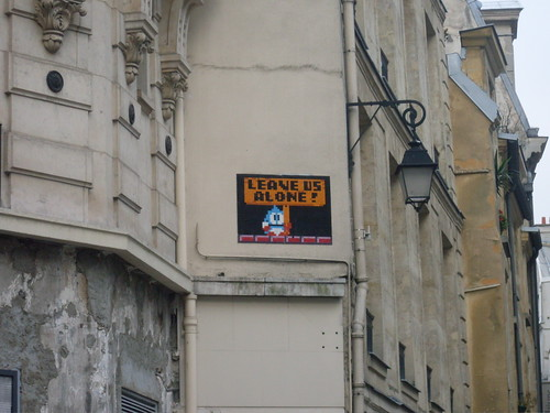 LEAVE US ALONE! Space invader in the Marais
