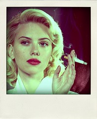 Scarlett-Johansson-pola