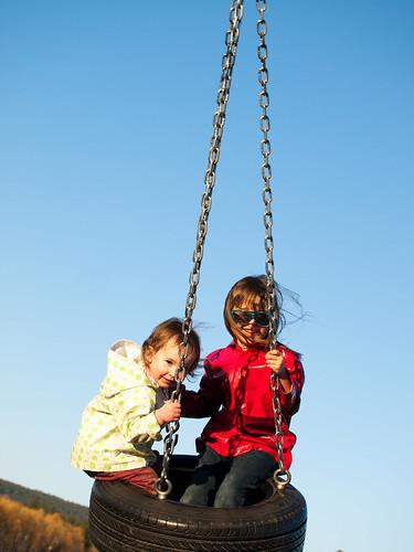 Kids Tire Swing 2