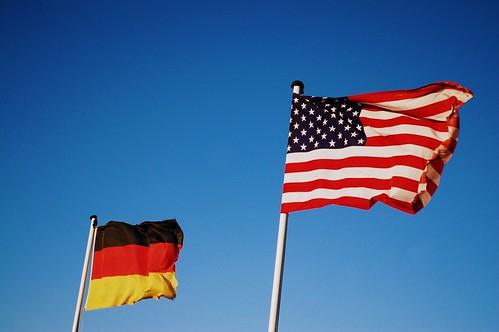 Deutsch-Amerikanische Freundschaft by monkeyiron
