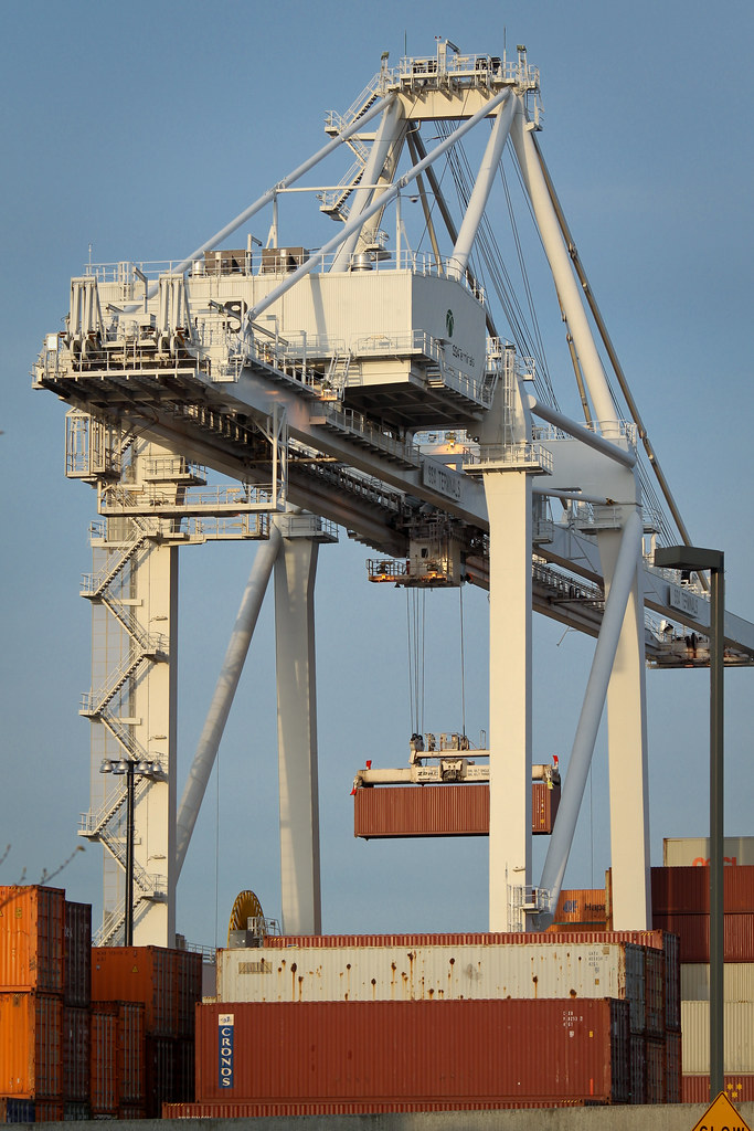 Port of Seattle crane with container
