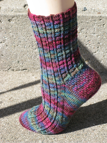 Petit-four sock side