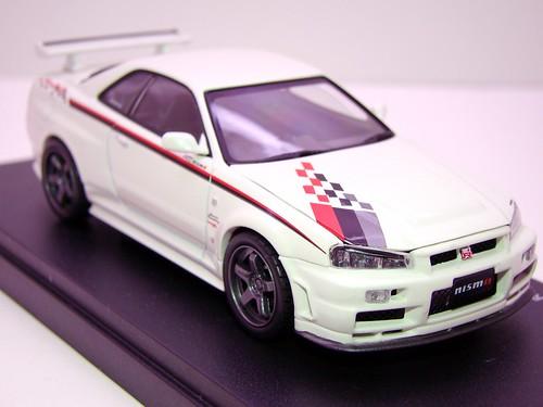 kyosho Z Tune Skyline GT-R R34 (4)