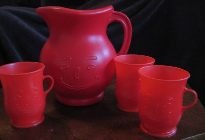 KA pitcher and cups