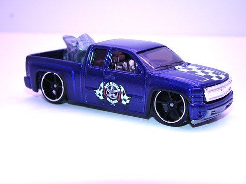 hws chevy silverado purple (2)