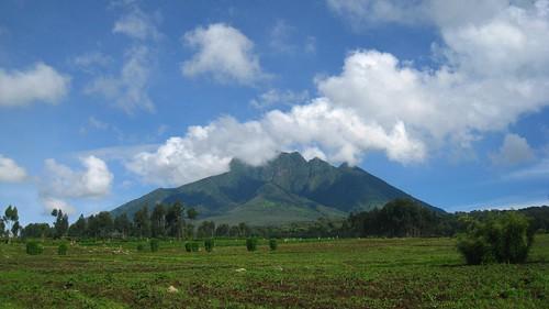 Sabyinyo (3,634 meters)