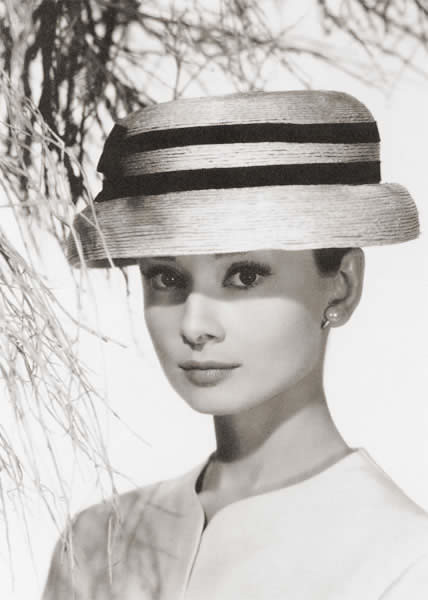 adrey hepburn in hat