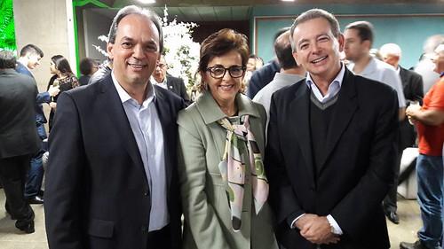 O presidente da FIEMG Vale do Aço, Luciano Araújo, a vereadora de Ipatinga, Cassinha Carvalho, e o vice-presidente industrial da Usiminas, Tulio Chipoletti