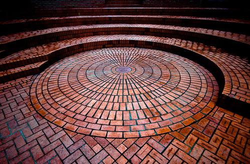 Circle & Brick