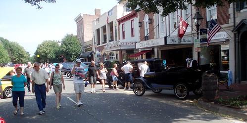Walking Caroline Street